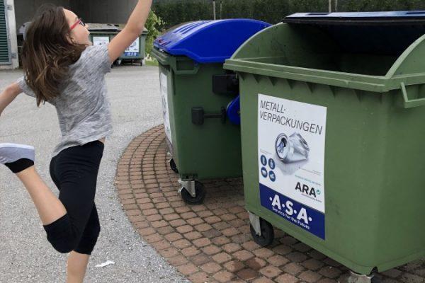 Smartphone - Müllvermeidung _ Recycling (c) Corinna Reisenhofer