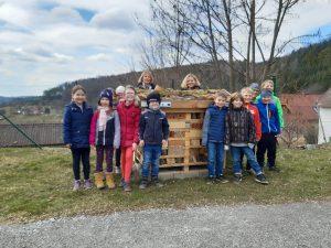 bei der Volksschule Peesen (Thannhausen)